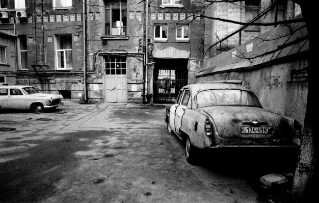 Киевские дворы, черно-белое фото