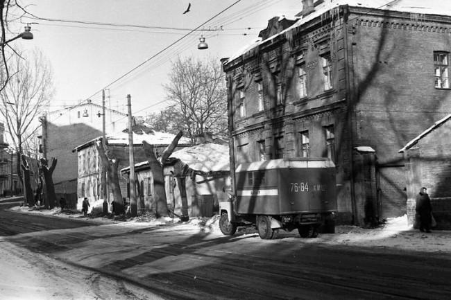 На Дмитриевской в Киеве в 80 годах