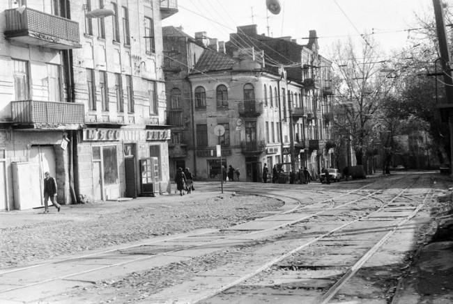 Перекресток Павловской и Дмитриевской улиц в 80-х годах