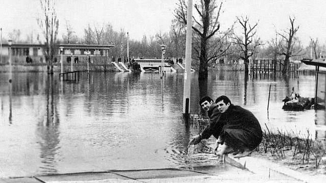 Наводнение 70 года в Гидропарке в Киеве