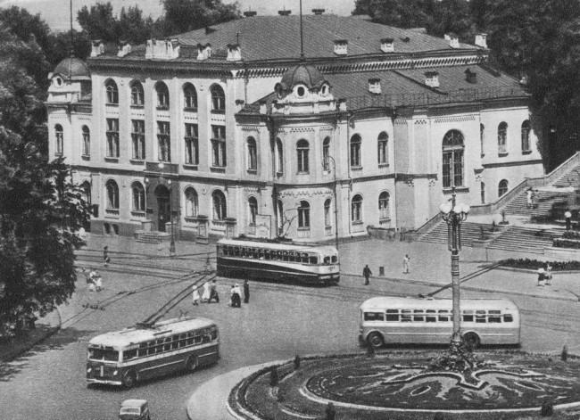 Филармония в 30-х годах, Киев