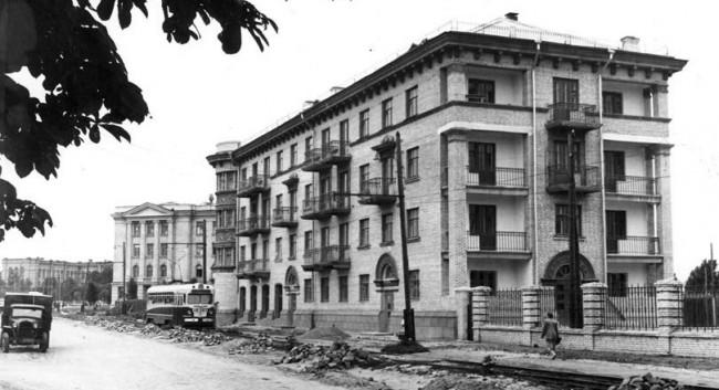 Улица Урицкого в 1954 году