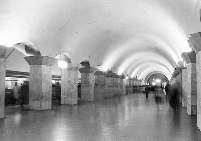 Станция метро Майдан Незалежності