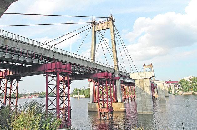 Демонтаж Рыбальского моста в Киеве