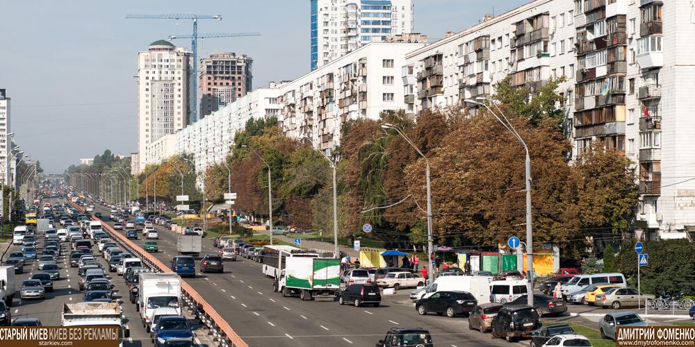 Брест-Литовский проспект без наружной рекламы