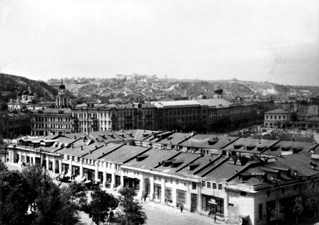 Гостиный двор и Контрактовая площадь в 20-х годах
