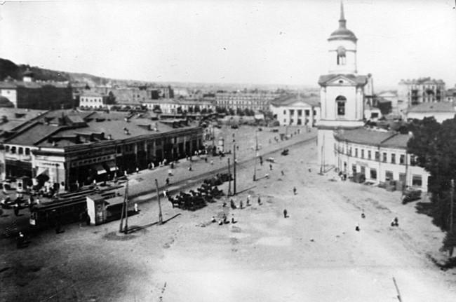 Контрактовая площадь и Гостиный двор 20-х годах, Киев