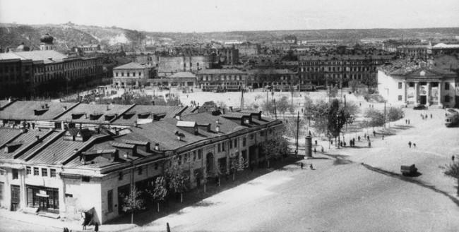 Гостиный двор в Киеве в 1946 году