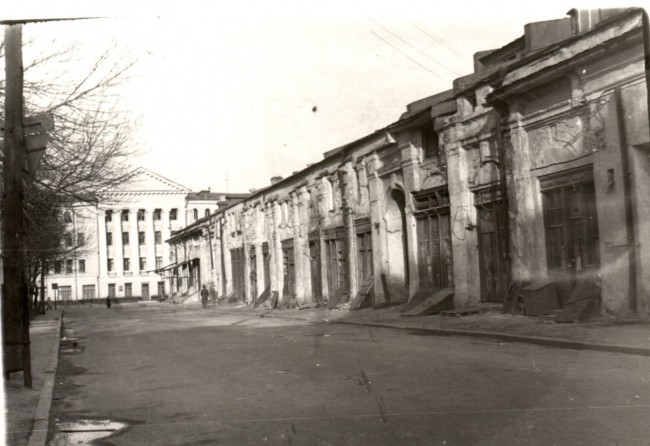 Гостиный двор в 70-х годах в Киеве