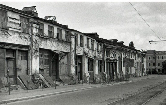Полуразрушенный Гостиный двор в 70-х годах в Киеве