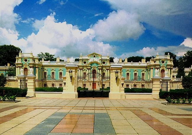 1980-е годы. Мариинский дворец, ворота