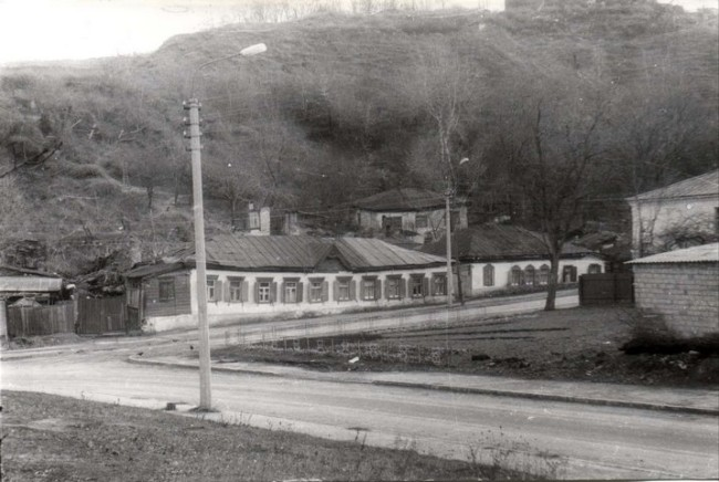 Нижнеюрковская улица на Подоле в 80-х
