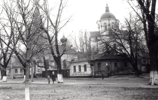 Почайнинская улица в 1982 году