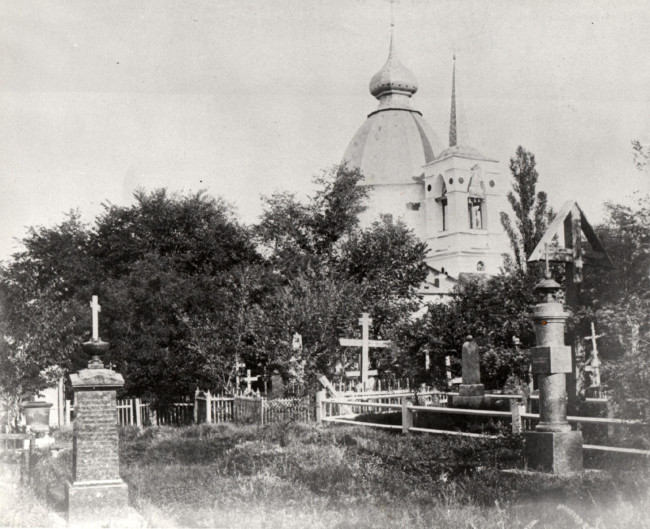Щекавицкое кладбище, церковь, конец 80-х годов