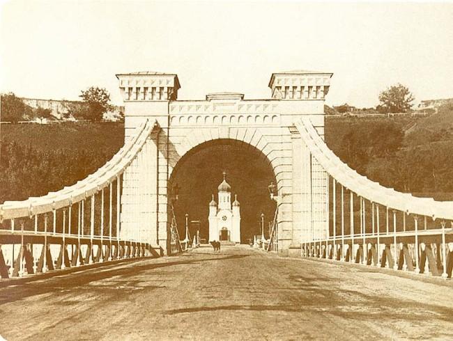 1900-е год. На Николаевском цепном мосту