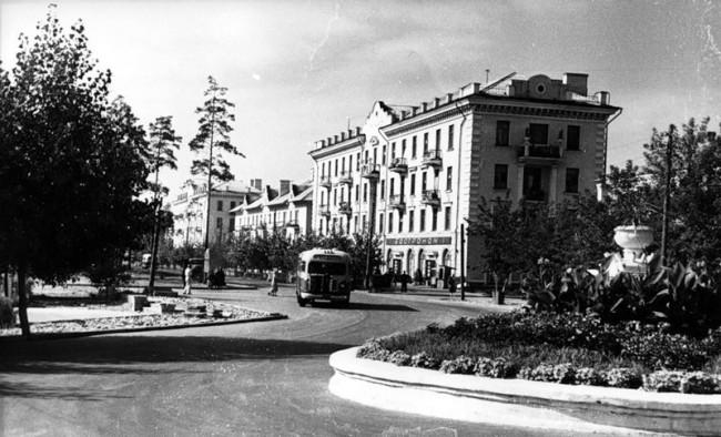 Дарница, Киев в 50 году