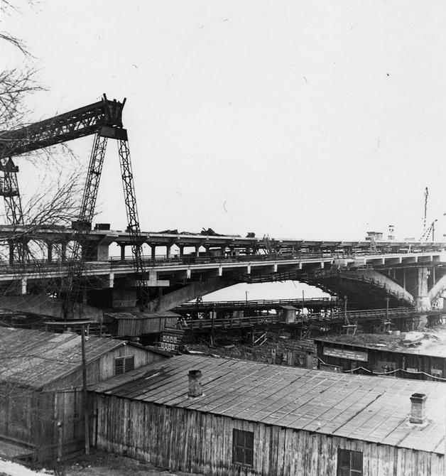 Как строили мост Метро на Днепре в 61 году