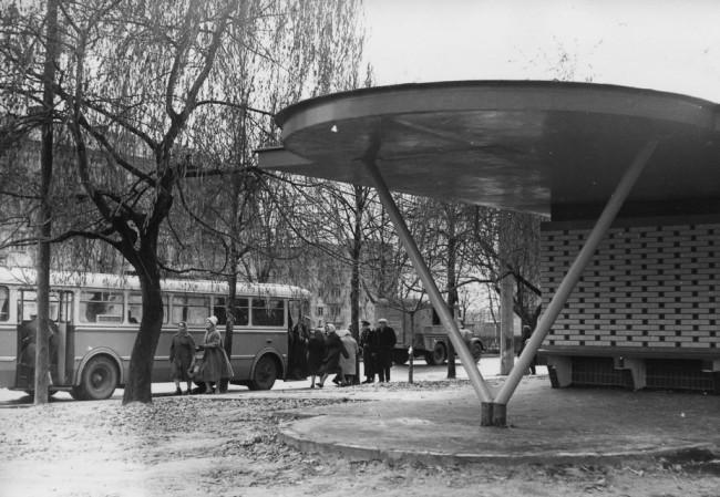 Конечная троллейбуса на площади Шевченко в 63 году