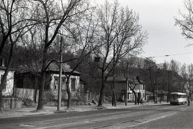 Трамвай на Глубочицкой улице