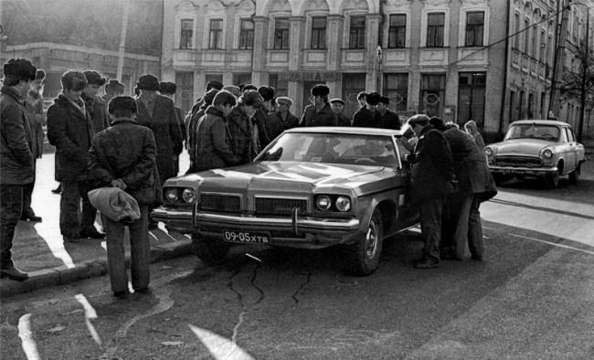 Иномарка в СССР, мужики на Верхнем Валу, Жиний рынок на Подоле в 80-х годах