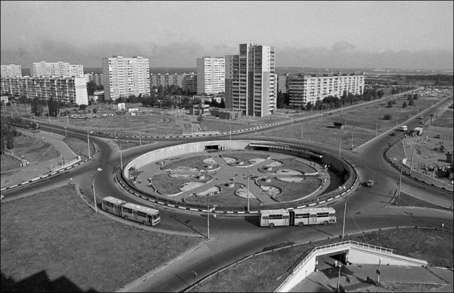 Станция метро Героев Днепра в 80-х