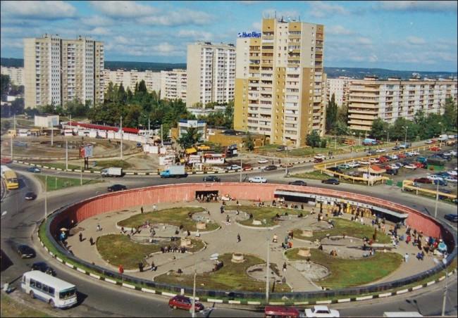 Героев Днепра улица в 90-х годах, Оболонь