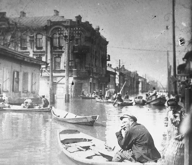 Межигорская улица, наводнение, Подол, Киев в 31 году