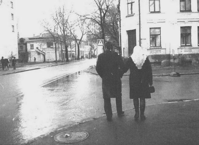 Перекресток Межигорской и Введенской улиц на Подоле