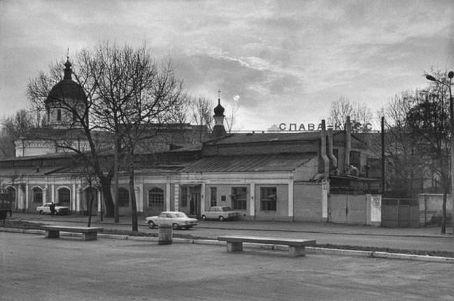 1980-е годы. Набережно-Крещатицкая, 27