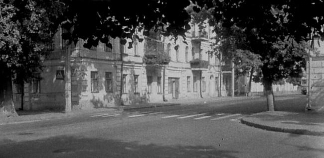 Перекресток Межигорской и Хорива улиц на Подоле