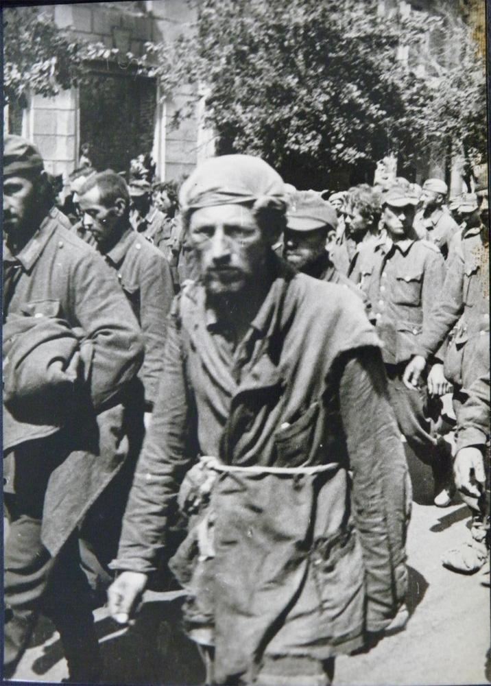 Пленные немцы, Киев, 44 год