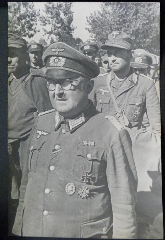 Пленный немец, офицер, Киев, 44 год