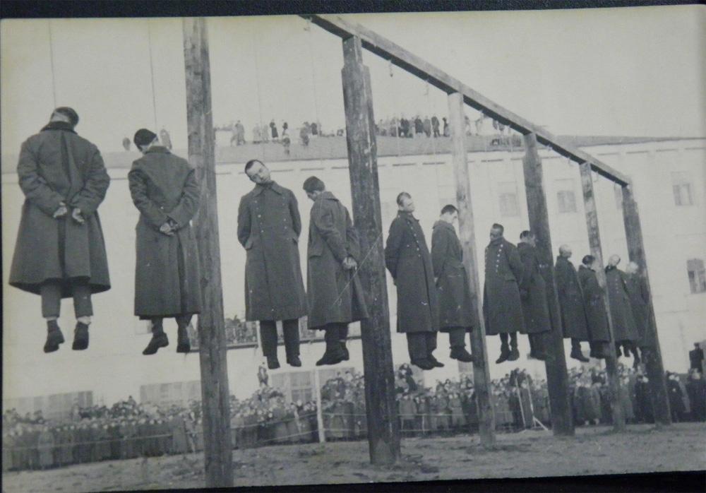 Повешение немецких пленных в 46 году в Киеве