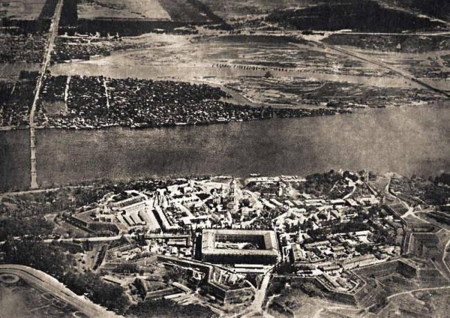 Киев 1918 год Съемка с высоты Лавра Цитадель Печерская крепость