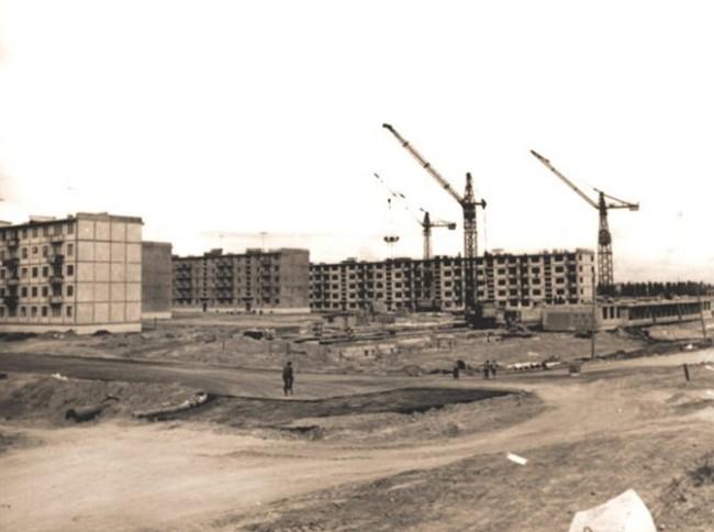 Как строили Отрадный в Киеве