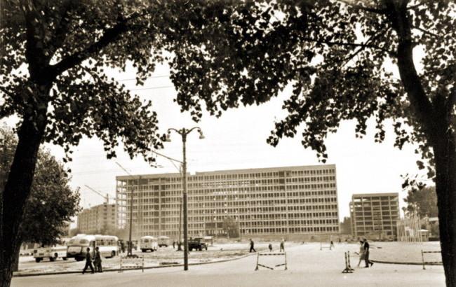 Бывшая площадь Брежнева в 60-х годах